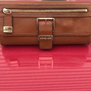 Michael kors amazing design brown leather